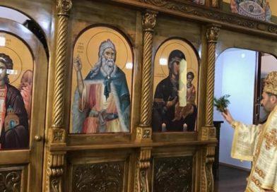 Bischof Hanna weihte die Ikonostase in Pforzheim ein